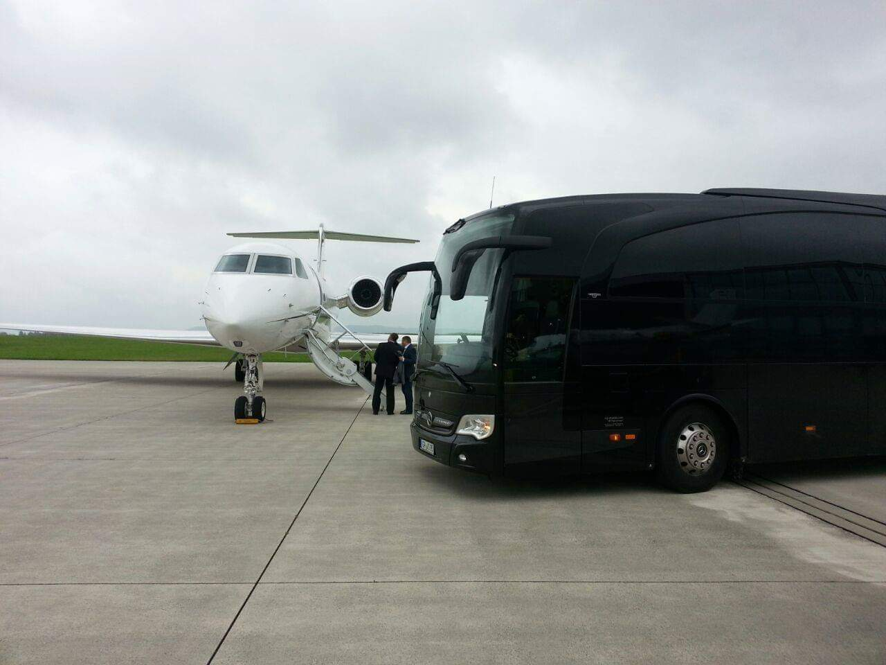 bus and airplain